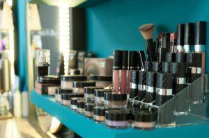 Bij Liana's House of Beauty gebruiken wij Bellapiere Cosmetics.